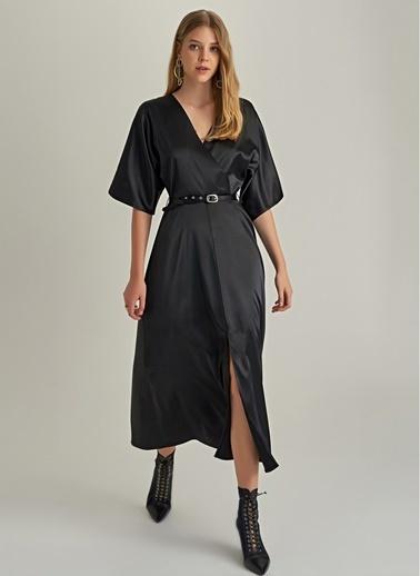 NGSTYLE Saten Kimono Kol Elbise Siyah